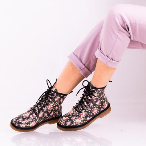 https://www.pantofi-trendy.ro/image/cache/data/zzzzzzzzzzz65/!001/DSC_7239-2-1000x1000.jpg